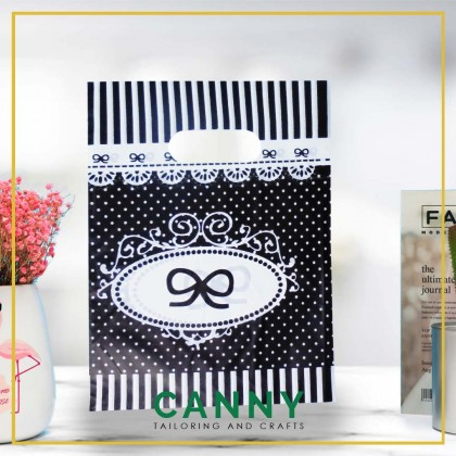 100 pcs Doorgift Bag / Beg Goodies / Doorgift Plastic 15X20X3cm [KOD BG-1520-70723006](1 PACK - 100pcs)